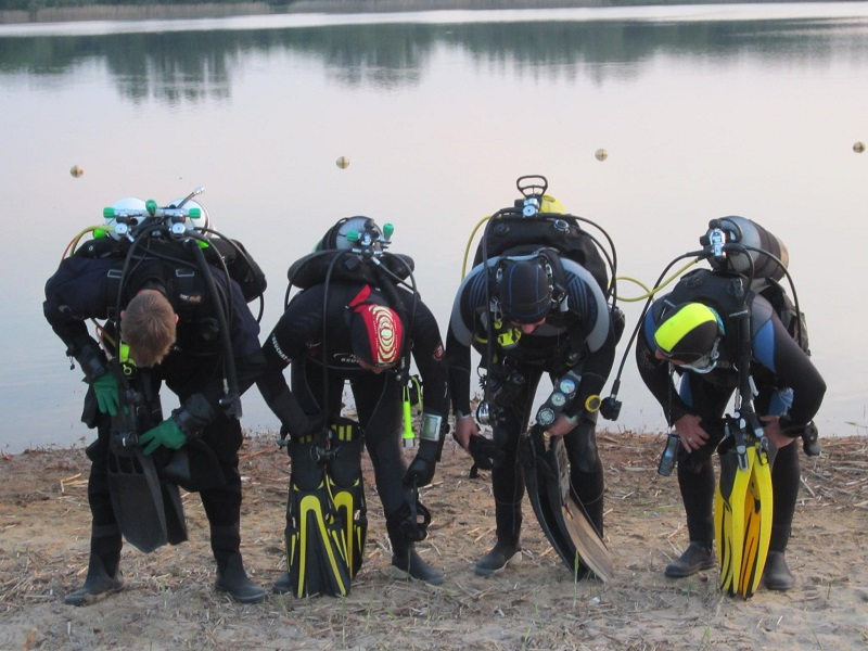 Scuba Diver / Junior Scuba Diver (open water brevet)